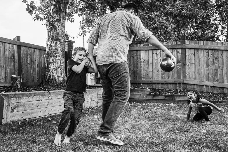 Kids playing with their father | Sherwood Park family photography